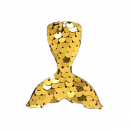 Charm with 1 eye sequin mermaid tail Gold