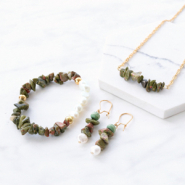 Inspirational Sets Amazing jewellery made of chips stone beads