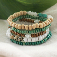 Inspirational Sets See here how to make trendy bracelets with wood beads