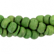 Coconut beads disc 4mm Dark pear green