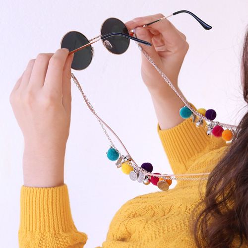 Sunny days! DIY sunglasses cords with cowrie shells, pompom beads, macramé bead cord and more!