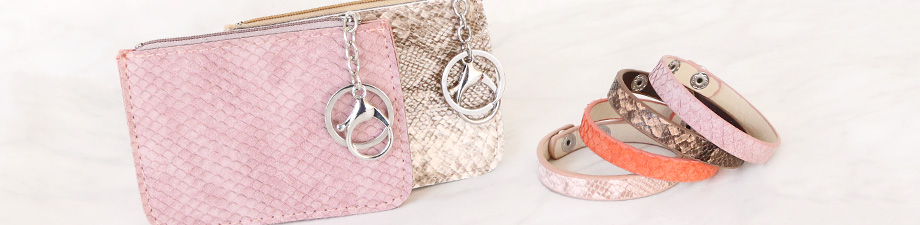 New! Bracelets and wallets with snake print
