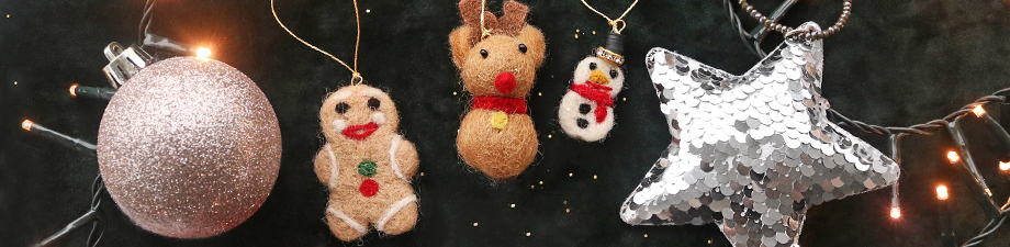 New felt and sequin pendants for Christmas!